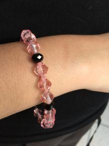 Bracelet en perles de verre rose et noir