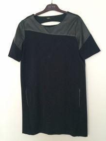 Robe maje bleu marin et cuir noir