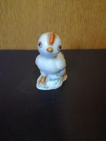 Figurine de petit poussin en porcelaine soviétique