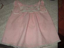 Petite tunique rose et blanche pour bébé