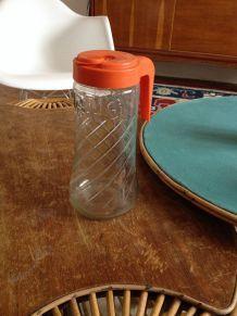 Pot à eau publicitaire et vintage TANG
