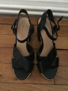 Sandales à talon épais noires T 38