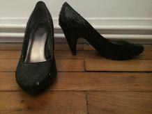 Chaussures à talons à paillettes noires t. 38