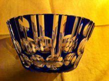 Bonbonnière (coupe) en cristal de Boheme