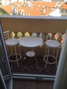 Table et tabourets (balcons,jardins)
