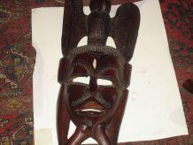 3-masques   en bois