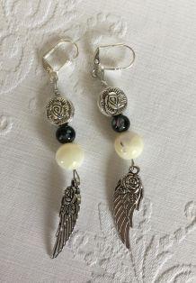 Boucles d'oreilles nacre et ailes d'ange