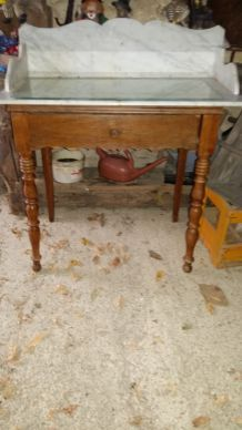 Table de toilette ancienne