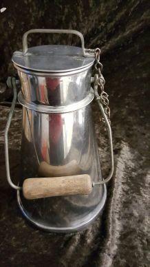 Pot à lait inox