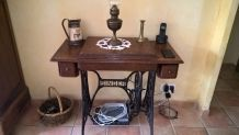 MACHINE A COUDRE ANCIENNE