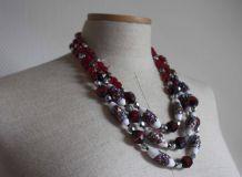 collier à perles rouges