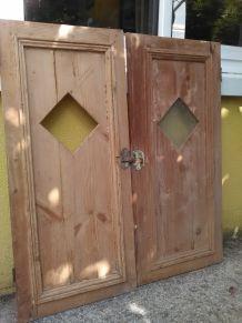Petites Portes d'armoire