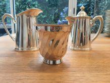 Lot 4 objets en métal argenté