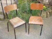 2 chaises d'école lycée tube Mullca 510