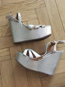 Sandales compensées argent