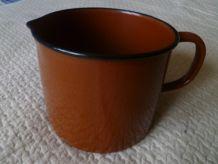 grand  pot   en metal émaillé brun  vintage