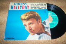 DISQUE 45 TOURS 4 TITRES JOHNNY HALLYDAY