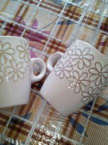 Lot deux tasse de café