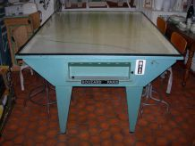TABLE INDUSTRIELLE D'IMPRIMERIE