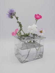 Vase rectangulaire en verre