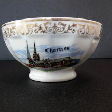 bol ancien en porcelaine