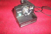 ancien appareil photo polaroid land camera instantanée