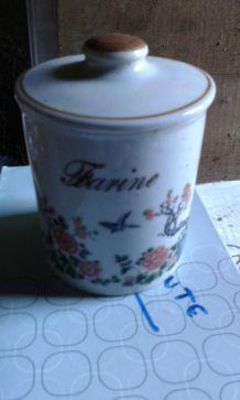 Pot à farine