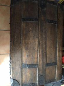 malle ancienne en bois