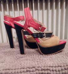 Escarpins rouge et noir