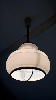 Suspension acier chromé et opaline, type italian modern