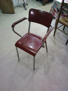 tables + fauteuil métal et bakelite