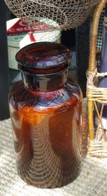 Grand bocal ancien pharmacie verre ambré