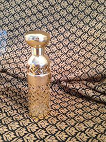 Vaporisateur Guerlain en métal doré
