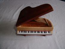 coffret piano à queue pour vos trésors