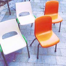 Chaises d'école enfant