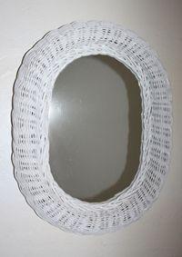 Miroir en rotin blanc