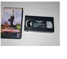 CASSETTE VHS CHUTE LIBRE