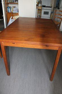 table en teck années 60