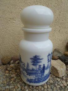 Pot d' apothicaire ,Bocal opaline , vintage