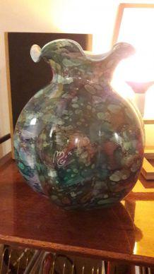 Vase en verre émaillé