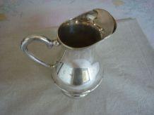 Pichet broc a eau en metal argenté