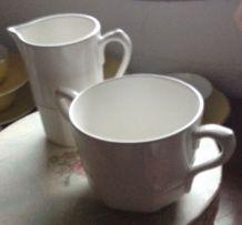 Pot a lait et sucrier porcelaine