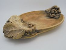 Plat en bois décor raisins