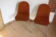 Paires de chaises giroflex ( suisse ) annees 60
