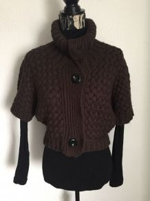 Cardigan manches courtes marque Bershka Taille 38
