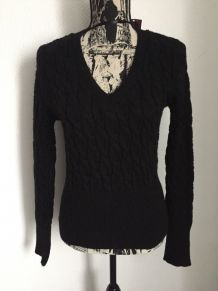 Pull noir col V marque MIM Taille M