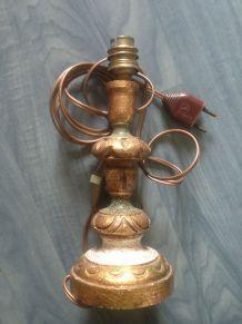 Pied de lampe en bois