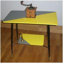 """Table télé sur roulettes années 60 """"Margie"""""""