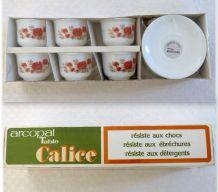 6 tasses et leurs soucoupes, service Arcopal Calice vintage des années 70 motif coquelicots - Etat neuf avec emballage