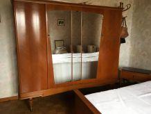 armoire vintage année 70